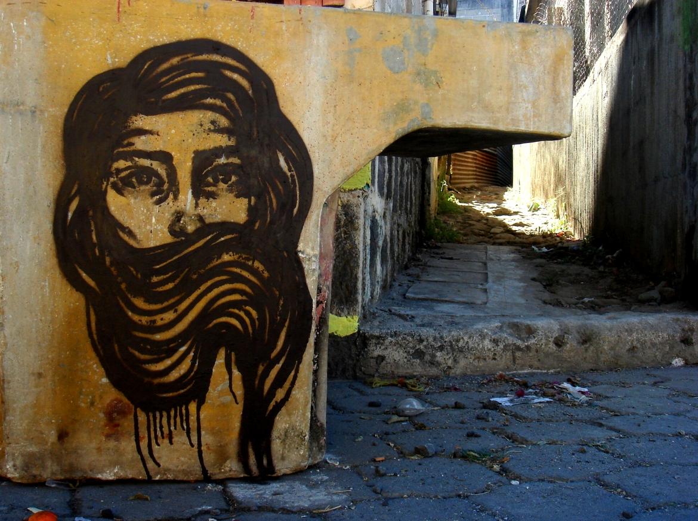 graffiti-inspiration-bastardilla-girl-on-wall