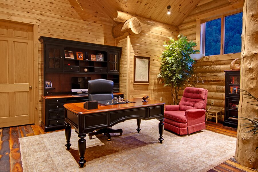 Log cabin office