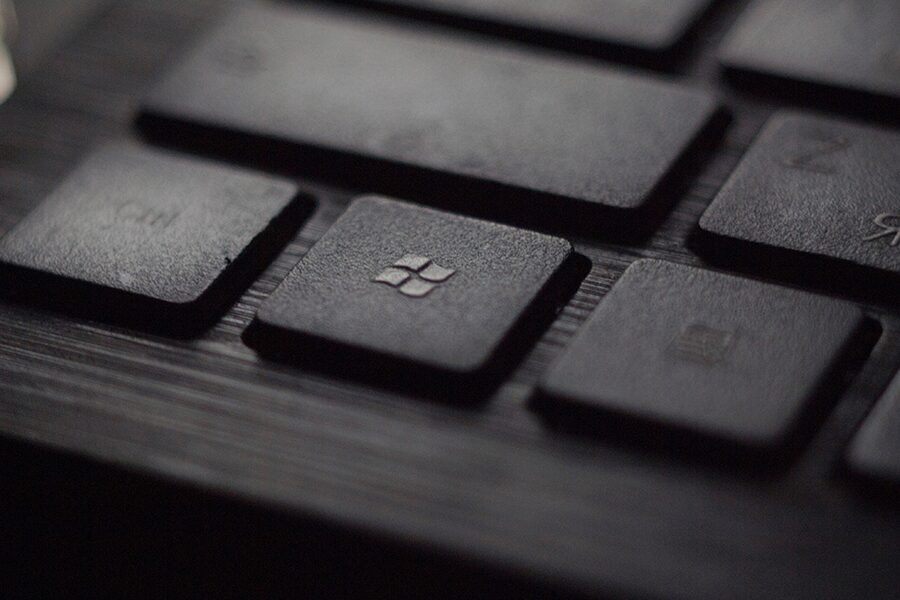 old windows logo on a keyboard