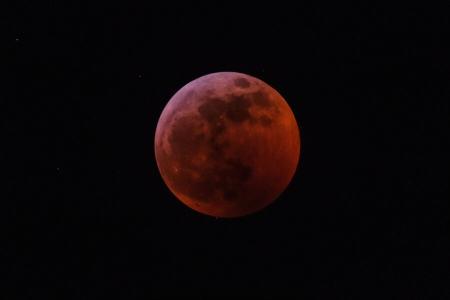 Super Wolf Blood Moon